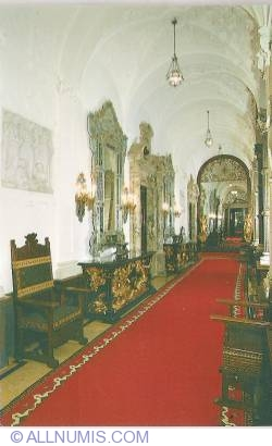 The Peleș Castle Museum - The Mirror Hall