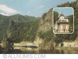 Image #1 of Olt Valley in Turnu and Turnu Monastery