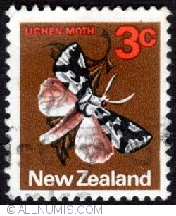 Image #1 of 3¢ 1970 - Lichen Moth