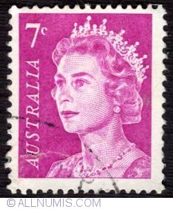 Image #1 of 7¢ Queen Elizabeth II