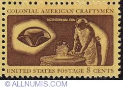 Image #1 of 8¢ A Hatter Adorns 1972