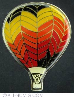 Imaginea #1 a Hot air balloon