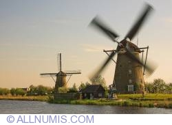 Image #2 of Kinderdijk-Windmill - 1979
