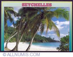 Image #1 of Mahé-Seychelles beach