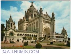 Image #1 of Lisieux - The Basilica of Sainte-Thérèse - 1970