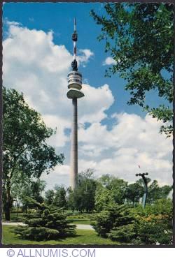 Imaginea #1 a Viena - Donauturm (Turnul Dunării) și parcul