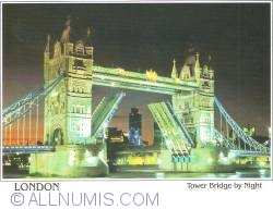London-703-Tower Bridge by Night 2011