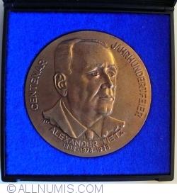 Centenar Alexander Tietz