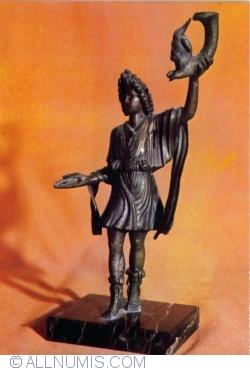Bronze statuette representing a lar. Sucidava (Celei, Olt county), 2 nd. c. A. D.