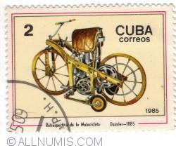 2 Centaros - 1885 Daimler