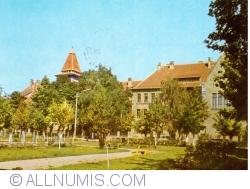 Image #1 of Beiuş - High School no. 2 (1970)