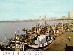 Image #1 of Luanda - Avenida Marginal coastal docks