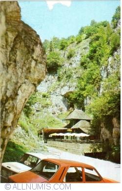 Image #1 of Dâmbovicioara Gorges - Dâmbovicioara Cave (1970)