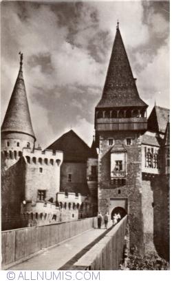 Image #2 of Hunedoara - Hunyadi Castle