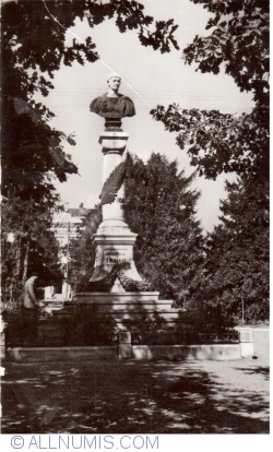 Image #1 of Drobeta-Turnu Severin - Statue of Trajan
