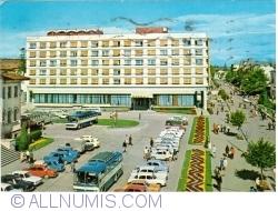 "Image #1 of Piteşti - Hotel ""Muntenia"" (1972)"