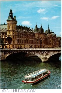 Imaginea #1 a Paris - Sena la Pont au Change (Podul Schimbarii)