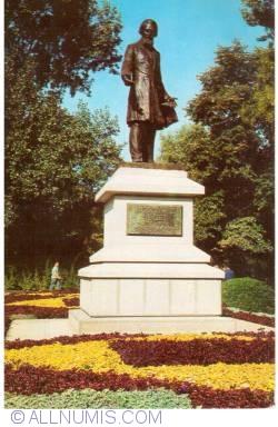 Image #1 of Galaţi - Statue of Costache Negri