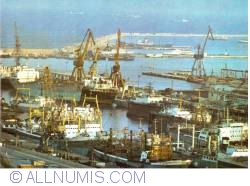 Image #2 of Constanta - View of the harbour