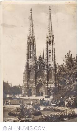 Imaginea #1 a Viena - Biserica Votivă (Votivkirche) (1933)
