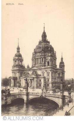 Image #1 of Berlin - Dom