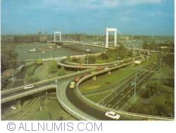 Imaginea #2 a BUDAPESTA - Elisabeth Bridge