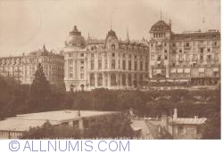 Image #2 of Lausane - Banque nationale and Hotel de la Paix
