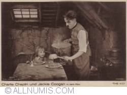 """Image #2 of Charlie Chaplin and Jackie Coogan in """"The Kid"""""""