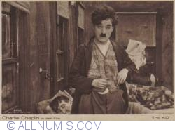 """Image #2 of Charlie Chaplin in """"The Kid"""""""