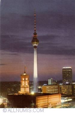Image #1 of Berlin - TV Tower (Berliner Fernsehturm) (1980)