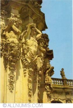 Dresden - Zwinger Palace - Wall Pavillion details