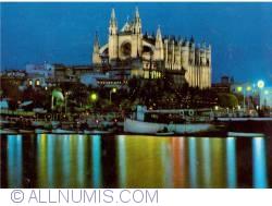 Image #2 of Mallorca - Cathedral of Santa Maria of Palma at night