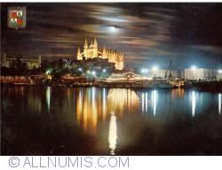 Image #1 of Mallorca - Cathedral of Santa Maria of Palma at night