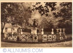 Imaginea #2 a Fontainebleau - Grădinile palatului - Fântâna Dianei (Jardins du Palais - La Fontaine de Diane)