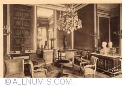 Image #1 of Fontainebleau - Palace - Saloon of the Abdication (Le palais - Le Salon de l'Abdication)