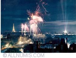 Image #1 of Paris - Fireworks over Paris - Feux d'artifice sur Paris
