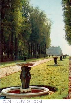 Image #2 of Versailles - Allée d'Eau or Allée des Marmousets - EKB 552 N