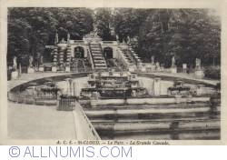 Image #2 of Saint-Cloud - The Park. La Grande Cascade - Le Parc. La Grande Cascade
