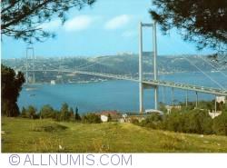 Image #1 of Istanbul - Bosphorus Bridge (Boğaziçi Köprüsü)