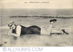 Image #2 of Trouville - Woman on the beach -  Baigneuse