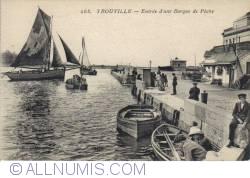 Image #2 of Trouville - Entry of a Fishing Boat  - Entrée d'une Barque de Pêche