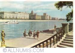 Image #1 of Moscow - Frunzenskaya embankment