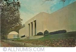 Image #1 of Cincinnati - Museum of Natural History