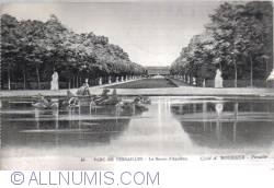 Image #2 of Versailles -  The Bassin d Apollon - Le Bassin d Apollon