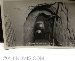 Image #1 of La Jolla cave passage way