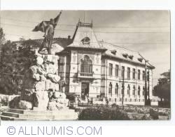 Image #1 of Tg. Jiu - Monument Tudor Vladimirescu