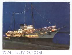 Image #1 of Floating (vessel) restaurant Libertatea