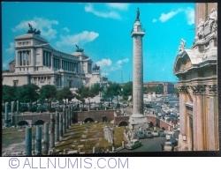 Rome - Monument to Vittorio Emanuele II and Traiana Column