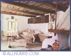 Image #1 of Bucureşti - Muzeul Satului şi de Artă Populară - Interiorul casei Şerel, jud. Hunedoara, sec. XIX