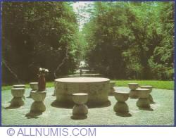 Image #1 of C. Brâncuşi - Table of Silence (1973)